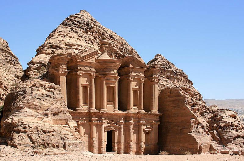 800px-The_Monastery,_Petra,_Jordan8