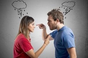 Você destrói ou resolve com a sua raiva?