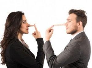 conheça as mentiras que os homens contam