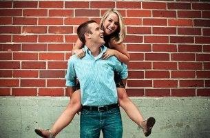 Um homem e uma mulher podem ser apenas amigos?