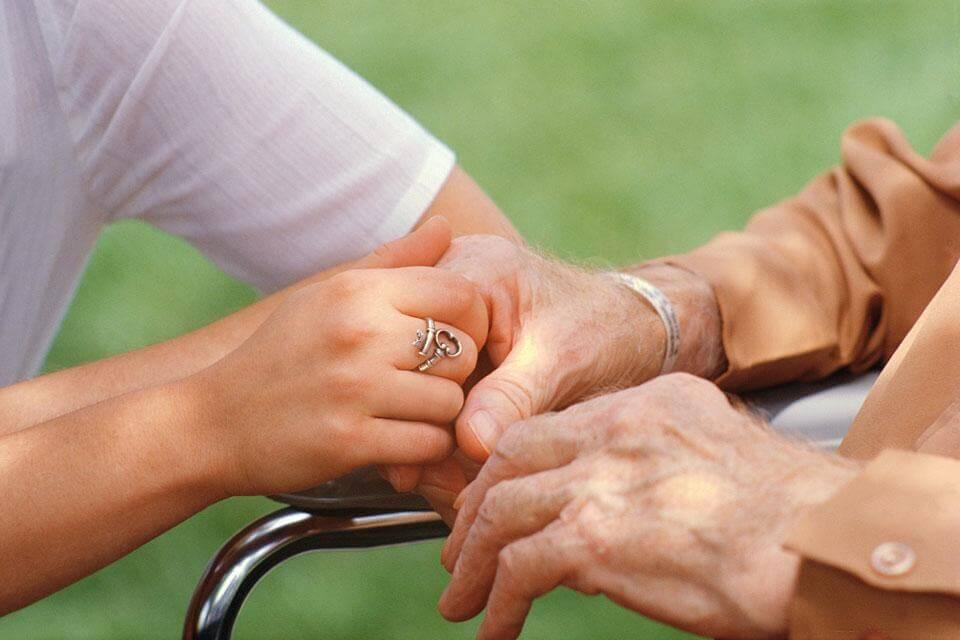 Cuidando da pessoa que cuida