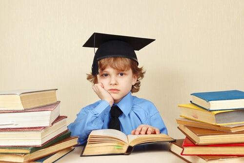 Despertar interesse para o filho desmotivado estudar