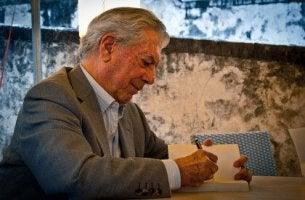 Os 10 livros imprescindíveis para Vargas Llosa