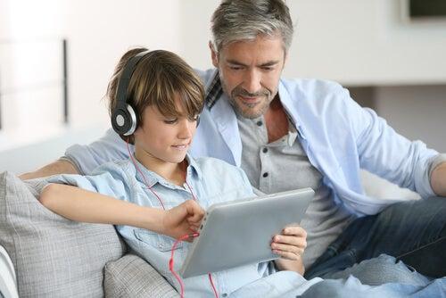 cuidados com os filhos no meio digital