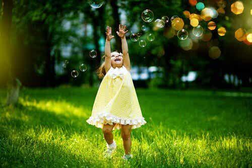 Crianças livres, adultos felizes