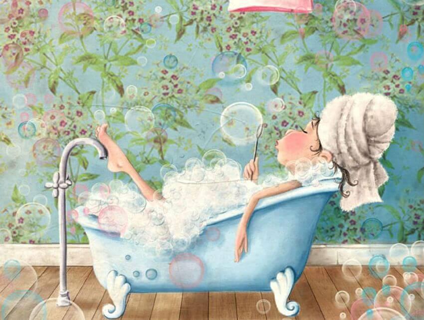 Mulher tomando um banho relaxante