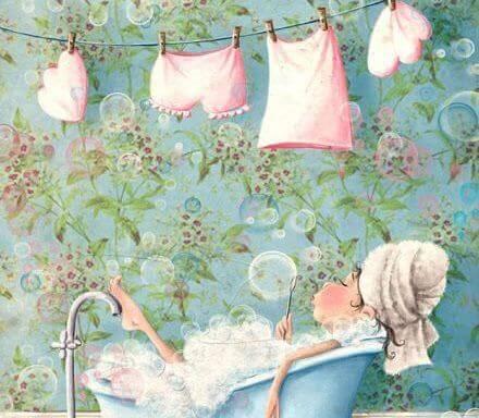 mulher-tomando-banho-relaxante