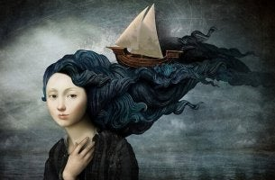 Mulher com barco nos cabelos