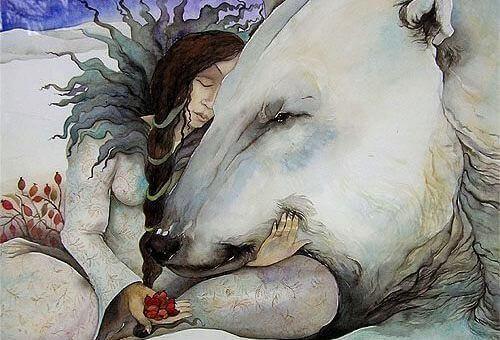 mulher-com-urso