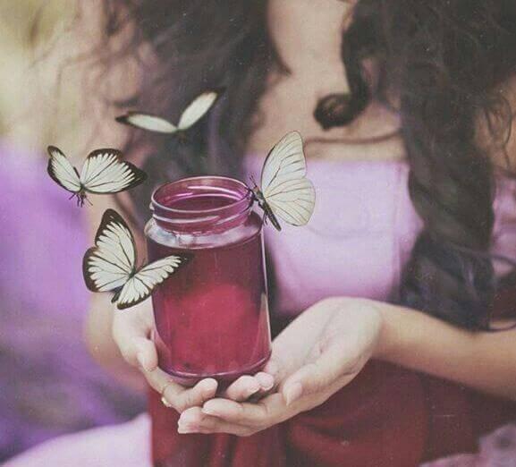 frasco-com-borboletas