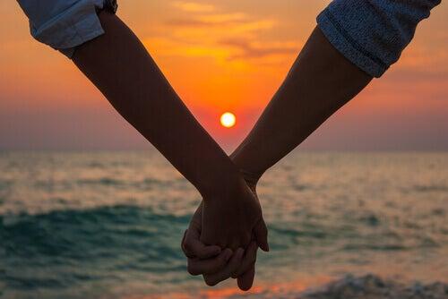 Amor crepuscular:  amores maduros que chegam na hora certa