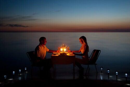 casal-jantar