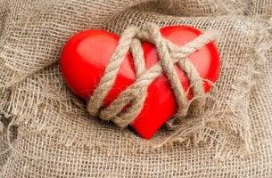 Sentir ciúmes não faz parte do amor