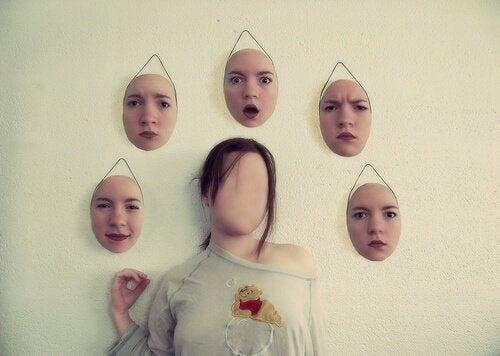 Máscaras de expressão