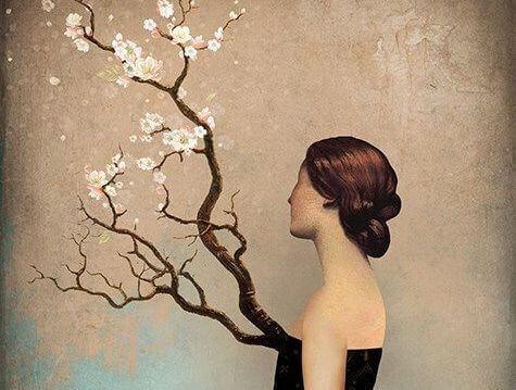 Mulher-olhando-uma-árvore