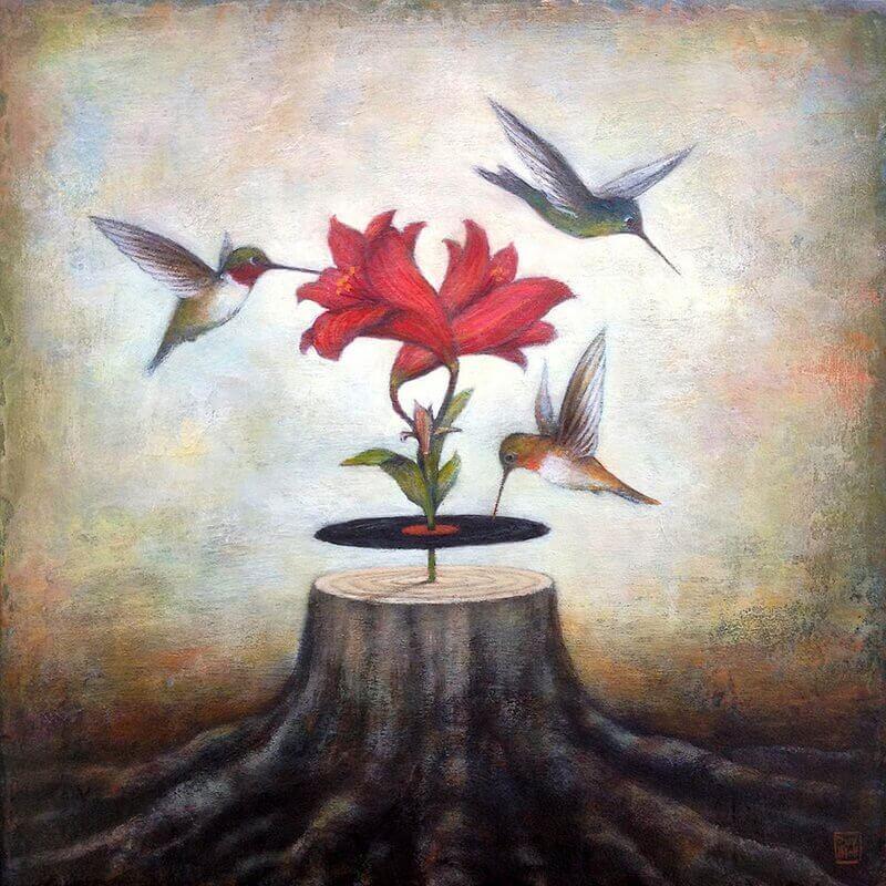Pássaros voando ao redor de uma flor