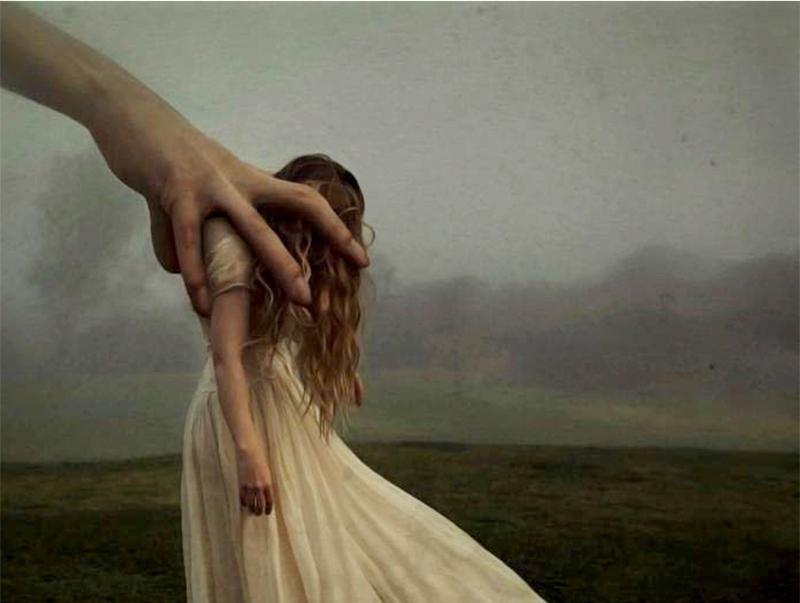 Mão representando a ansiedade