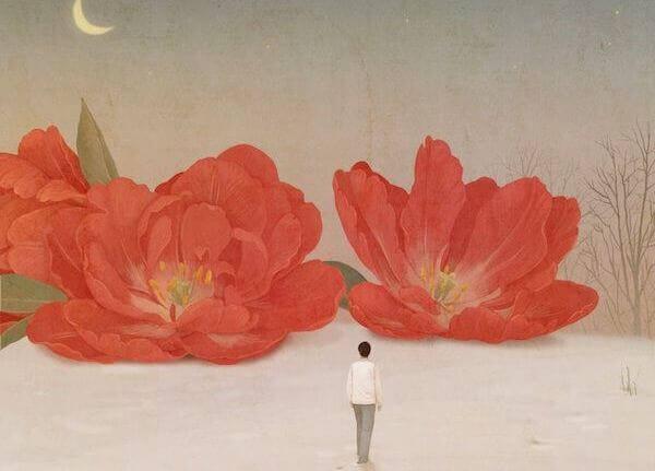 mulher-com-flores-gigantes