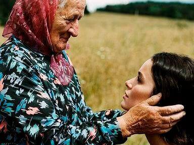mãe-idosa
