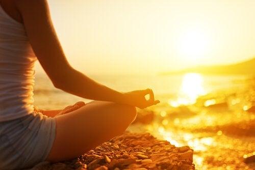 Meditar e esvaziar a mente
