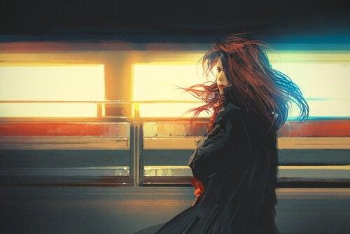 mulher-cabelo-voando