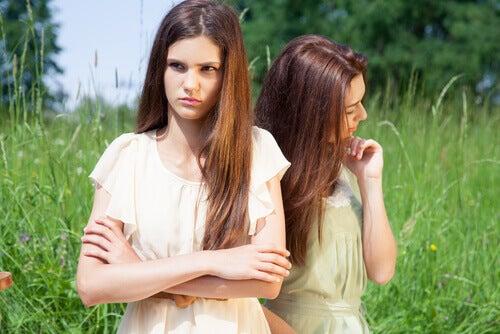jovens com baixa inteligência emocional