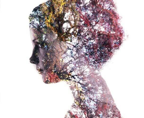 perfil-feminino-com-natureza-em-silêncio