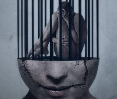 pessoa-presa-na-mente