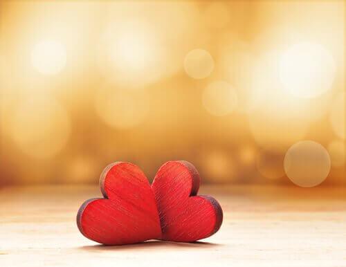 corações-vermelhos