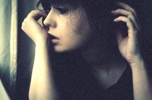 O contrário do amor não é o ódio, e sim a indiferença