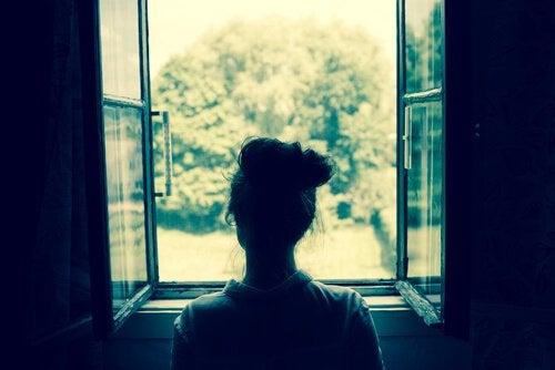 Hábitos que destroem seu amor próprio