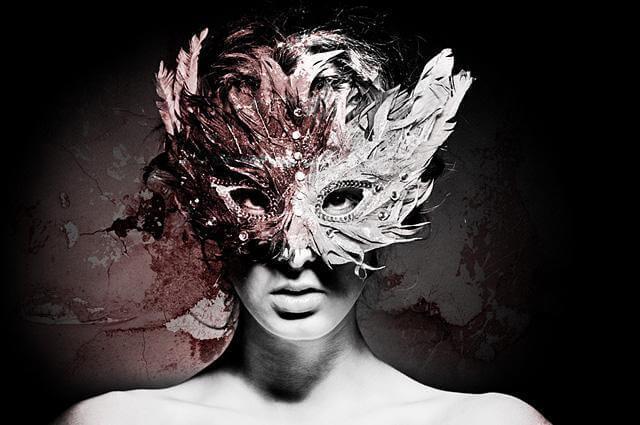 mulher-com-mascara