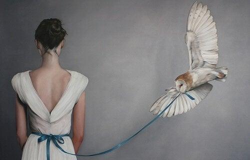 mulher-coruja-laço