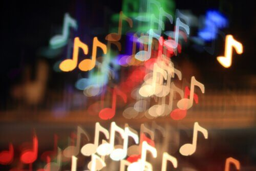Notas-de-música-coloridas