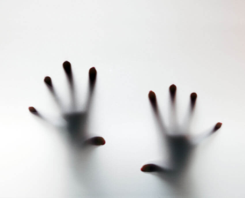ataque-de-pânico-mãos