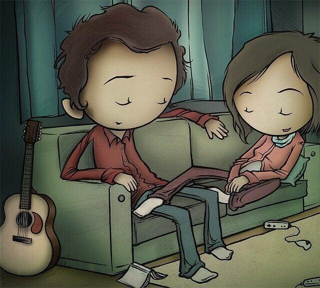 casal-sentado-no-sofa