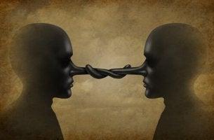 3 comportamentos corporais que acusam a mentira