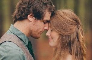 Descubra como as nossas emoções podem nos tornar mais atraentes