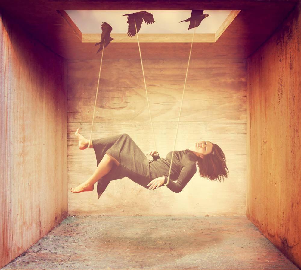 mulher-dominada-por-seu-medo