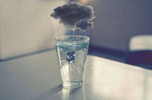 É bom se sentir triste às vezes e se machucar de vez em quando