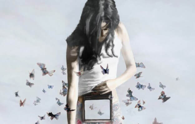 mulher-caixa-borboletas-enfrentar-mundo