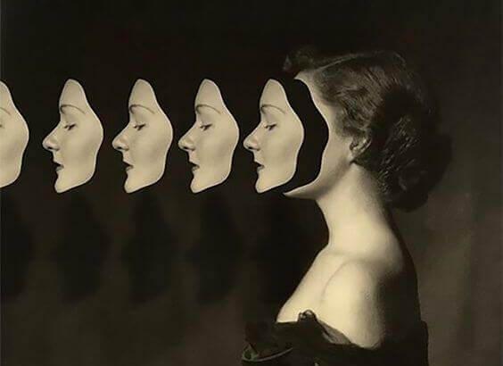 mulher-máscaras