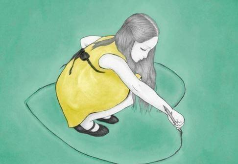 Menina desenhando um cora%C3%A7%C3%A3o no ch%C3%A3o - Ninguém se cura ferindo os outros
