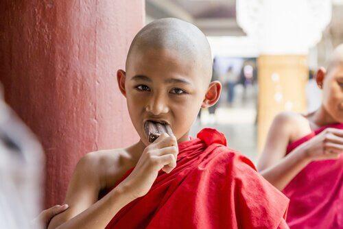 monge-tomando-sorvete