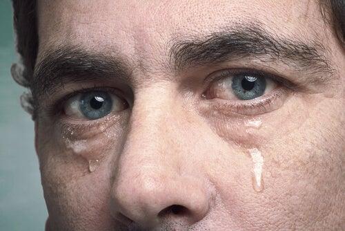 chorar para aliviar a alma