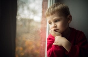 3 danos que a obsessão por controle paterno causa