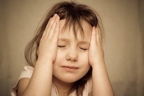 Como as experiências traumáticas influenciam a infância
