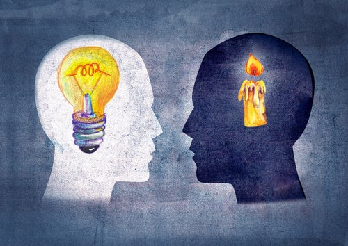 pessoas com ideias diferentes