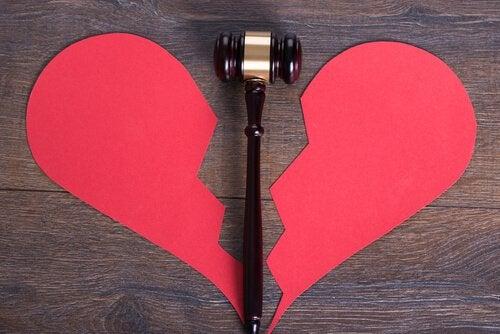 coracao-partido-divorcio