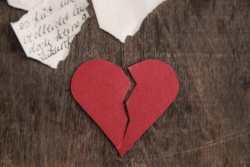 coração-partido-ex-parceiro